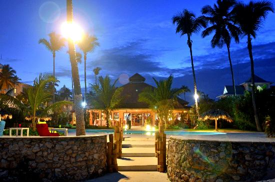 137 Best Images About Kukua Punta Cana Restaurant On: Punta Cana Top 3 Wedding Receptions Off Resort
